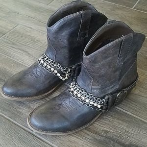 Candie's Boots Nwot
